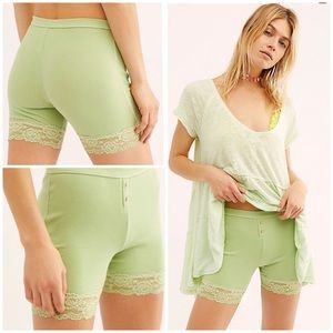 New Free People Shawtie Shorts